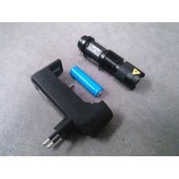 Mini linterna ultrafire con batería y cargador